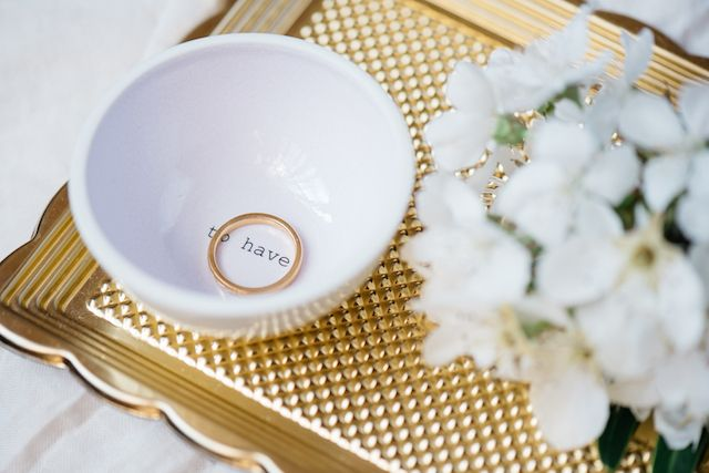 Porcelain ring bowl   Marie Bleyer Fotograpfie