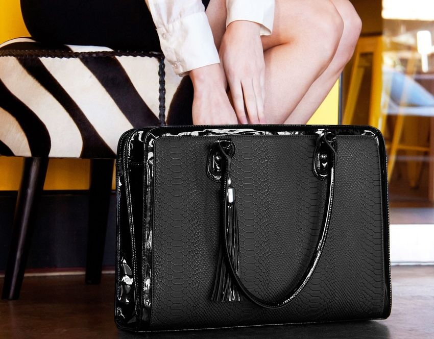 6482e29ecbf2 Blog  The Best Business Bag For Women   Useful Work Bag Essentials