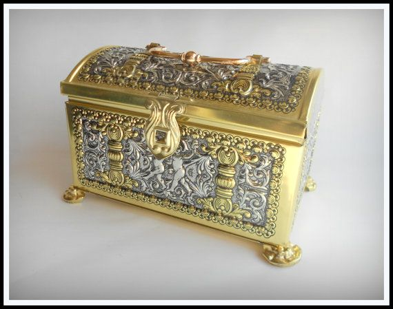 Vintage Folk Art Cherub Tin Jewelry Box Chest by IveGoneModVintage, $18.00