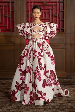 Valentino Haute Couture Beijing – NOWFASHION   – I just like this:-)