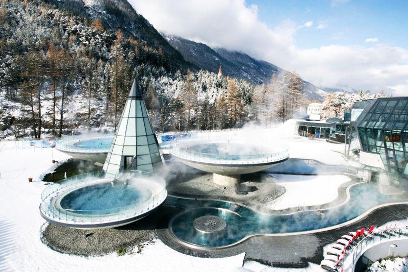 Síelés egyetlen síbérlettel Innsbruck környékén :: Hetedhétország