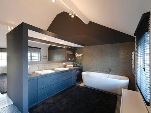 Elegante slaapkamer met half open badkamer | Badkamer | Pinterest ...
