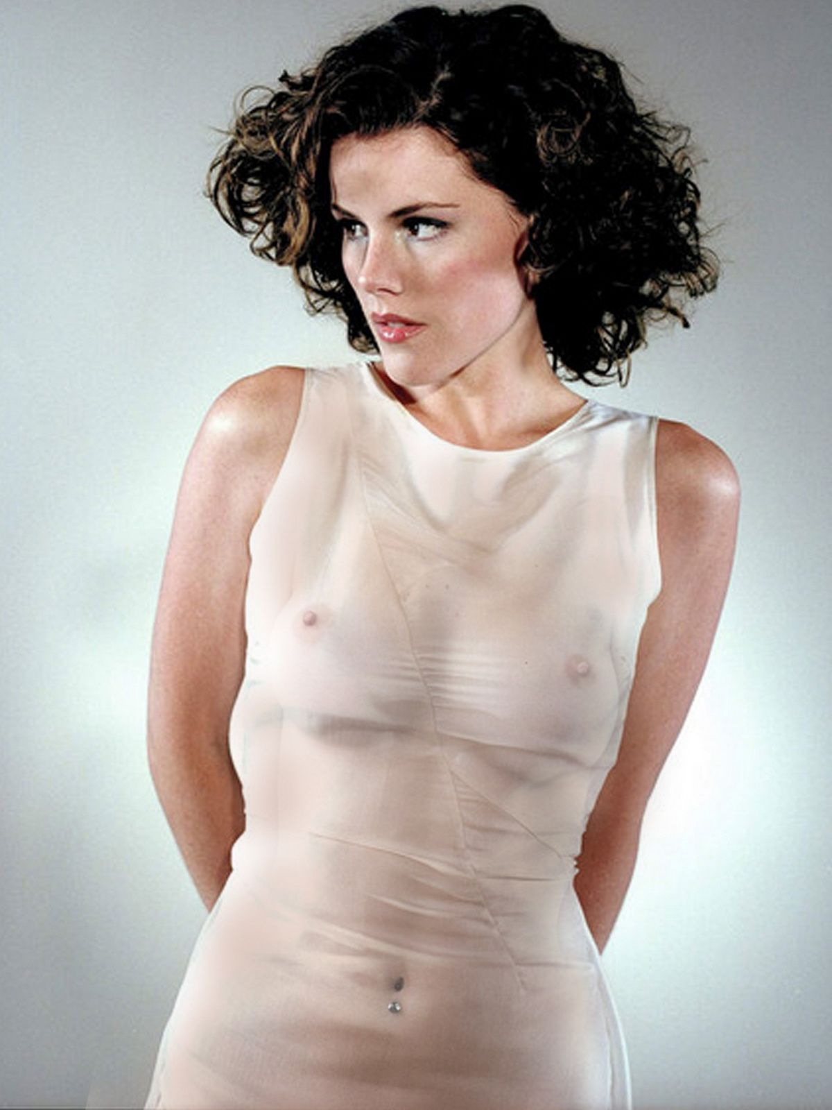 Can Kathleen robertson hot