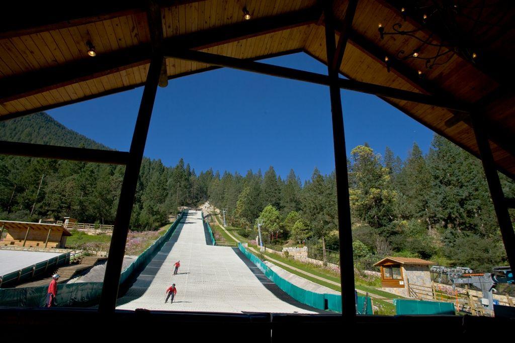 único centro de Ski en Latinoamerica  Bosques de Monterreal Arteaga, Coahuila, México