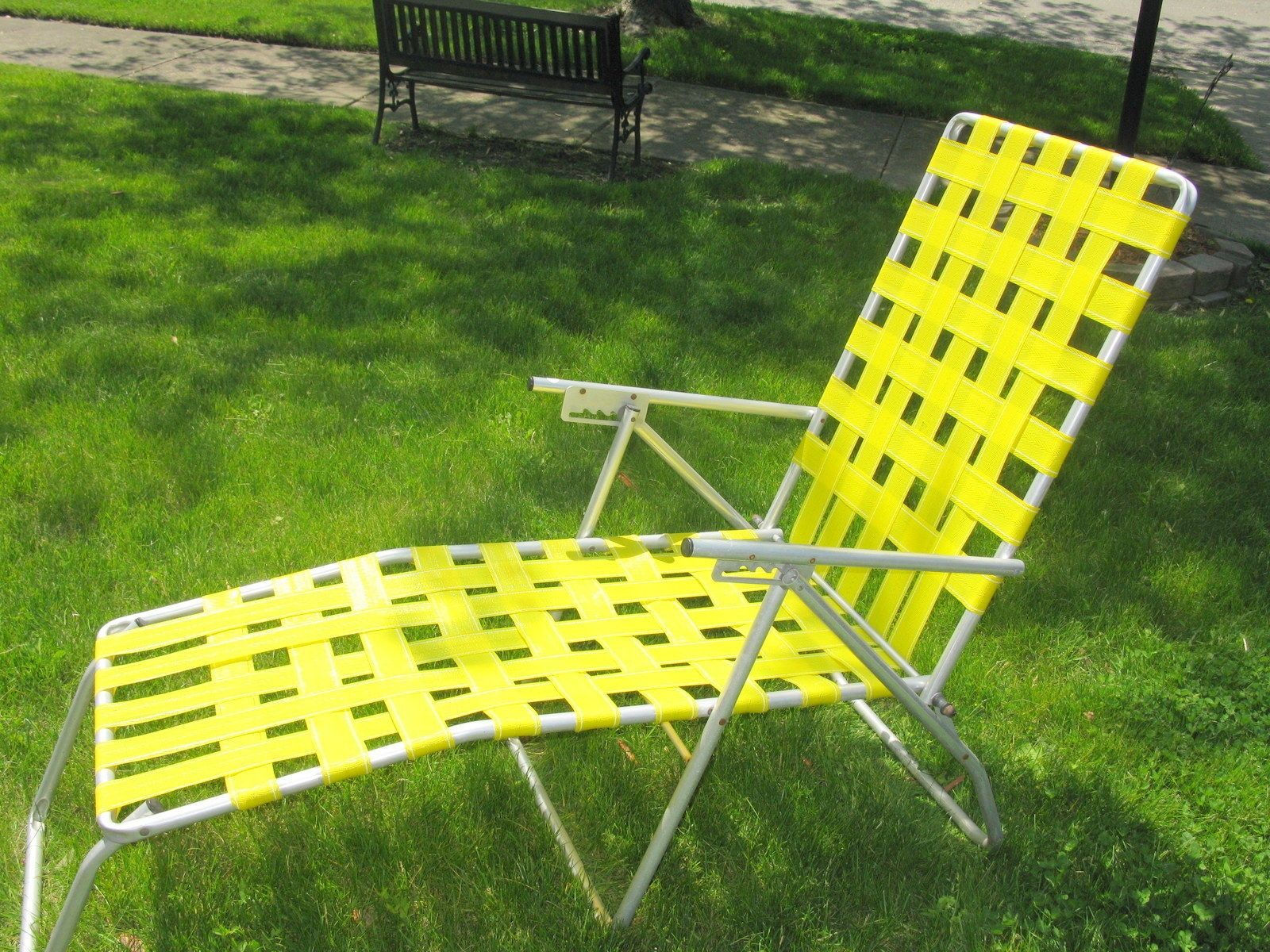 Aluminum Lounge Chair With Webbing