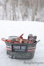 25 DIY Christmas Basket Ideas You'll Love Making This Year - #Basket #Christmas ...