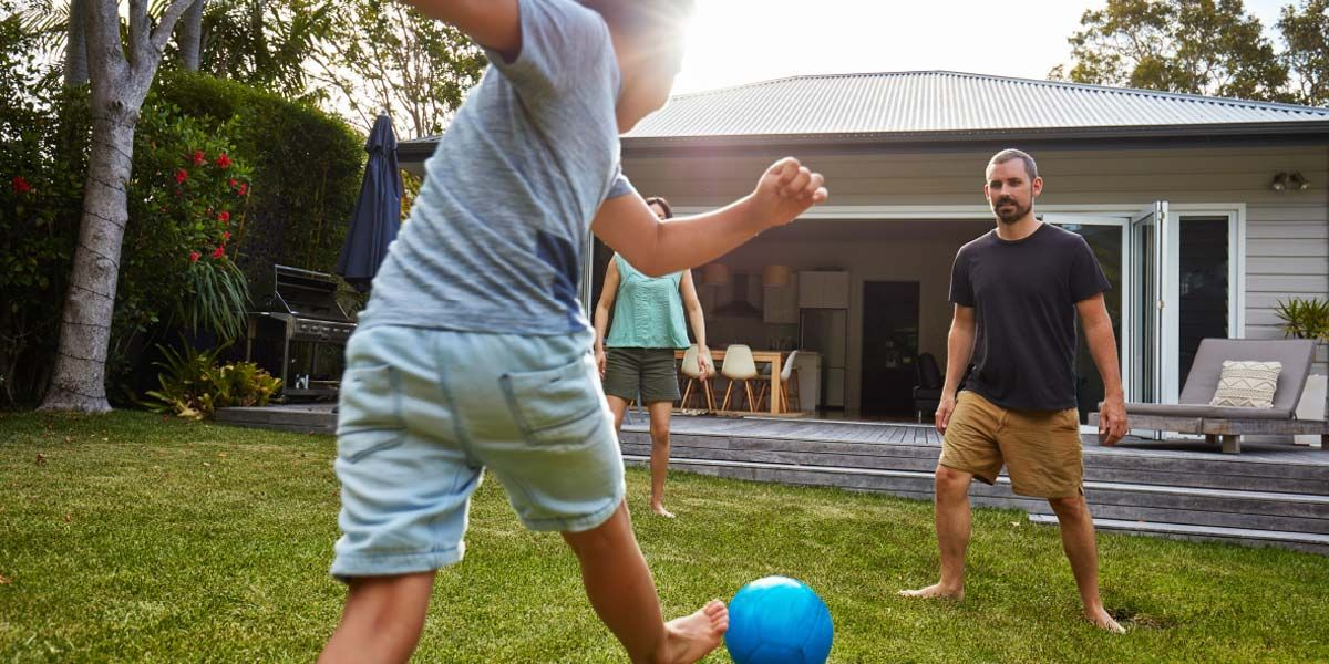 5 Great reasons to stay home next school holiday (With