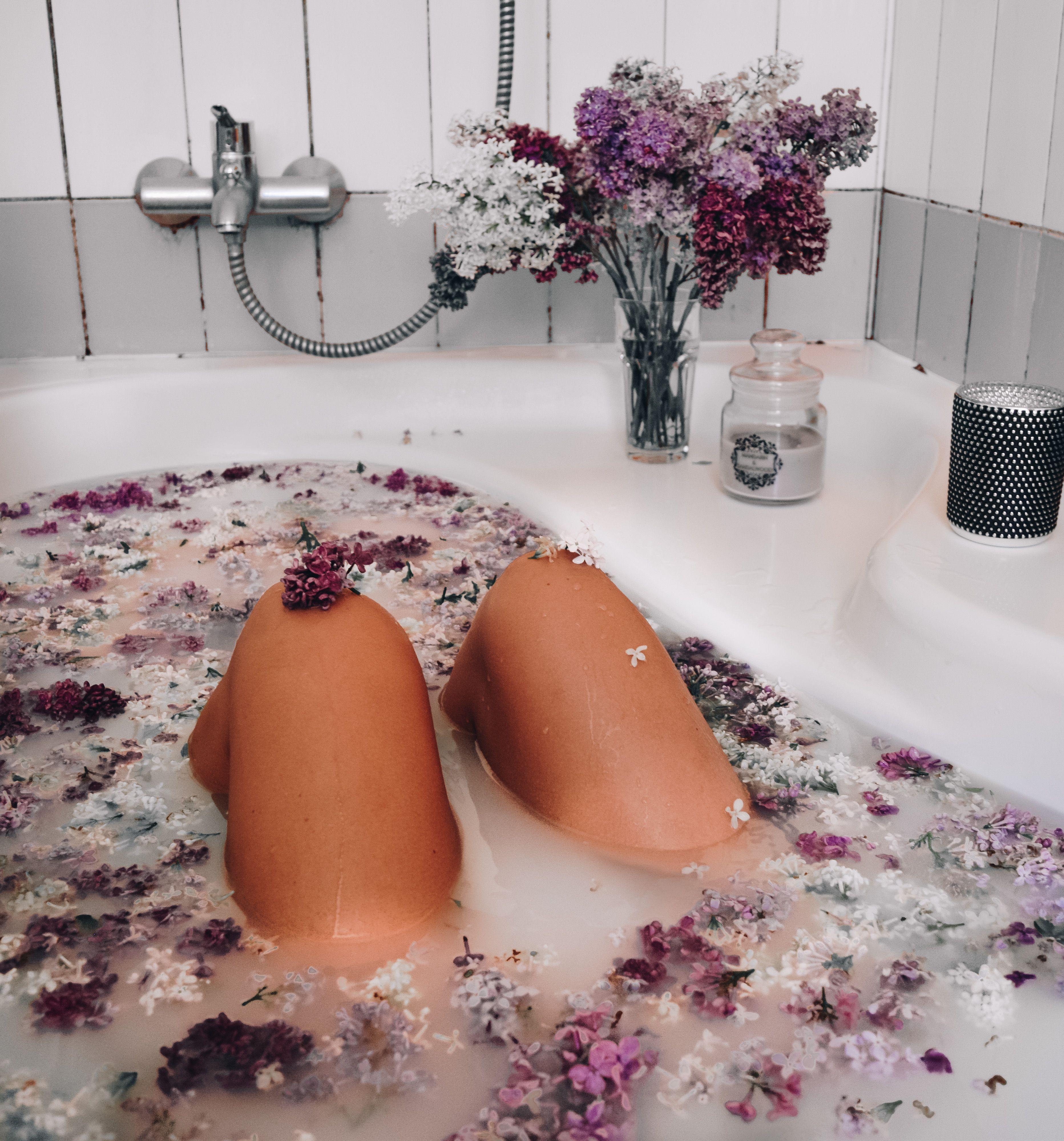 Lilac Milk Bath Time Instagram Com Annijaveldre Bath