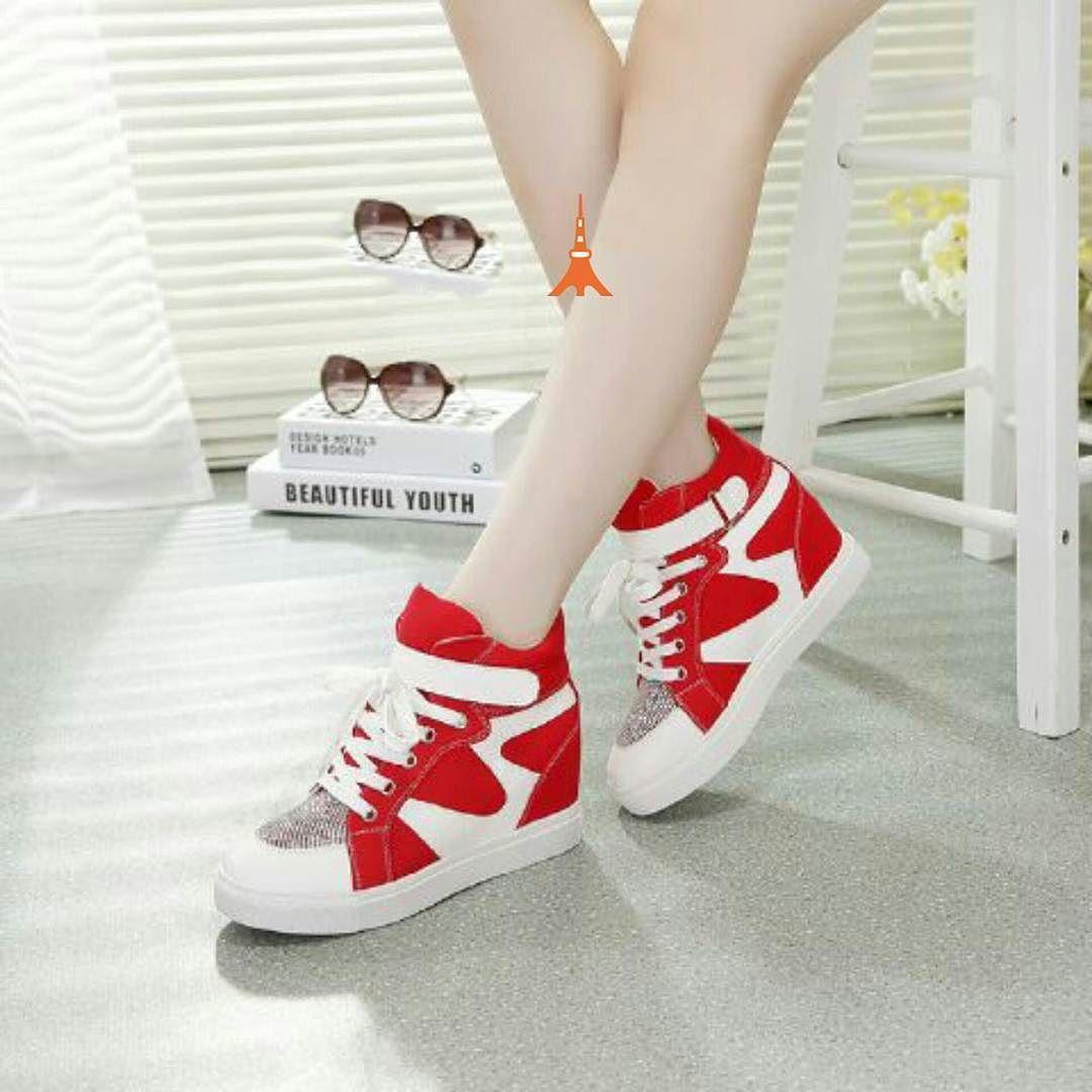 """""""""""Sneakers paris 009 Material suede Harga 150 Warna"""