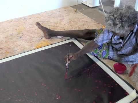 Aboriginal Artist Gloria Petyarre 0928 - YouTube