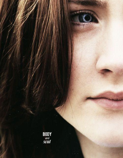 The host, Saoirse Ronan