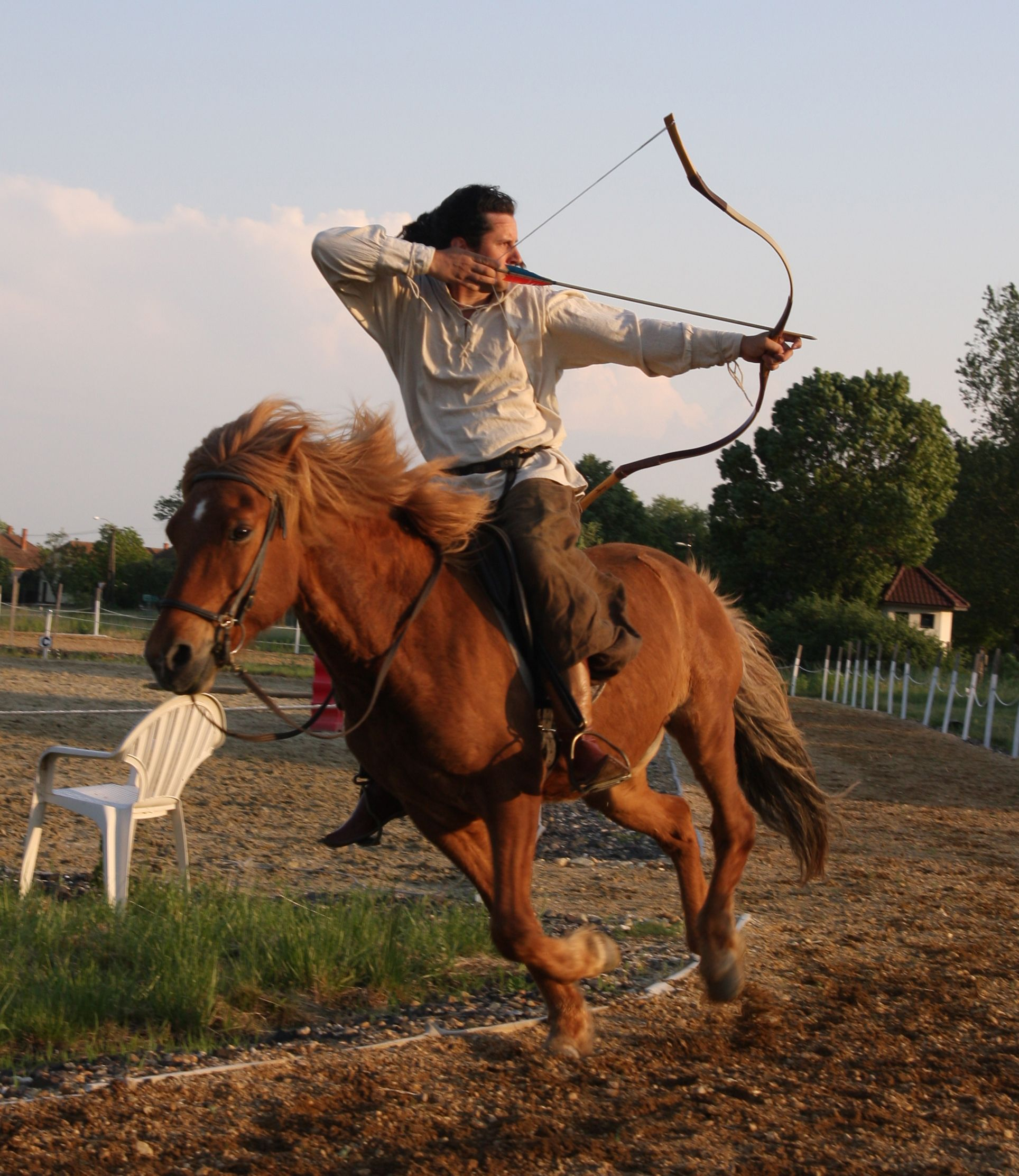 GUY ON A HORSE SHOOT'N (With images) Archery, Lovak, Képek