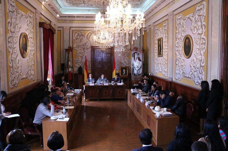 El Ayuntamiento de Morelia, mediante el Centro Municipal de Mediación, intensificará la capacitación entre la población moreliana en 2016, y por vez primera impartirá talleres a los encargados del orden ...