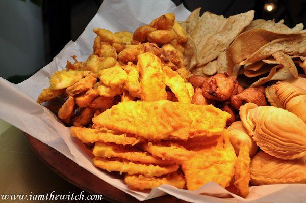 Fried sweet potatoes, banana fritters, fried cempedak, keropok lekor & curry puff  | Afternoon Tea at Grand Dorsett Subang