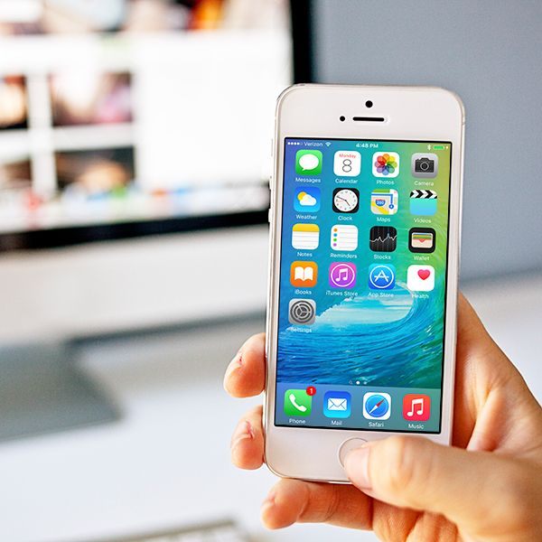 Explore iOS App Development with Swift Certificate offered