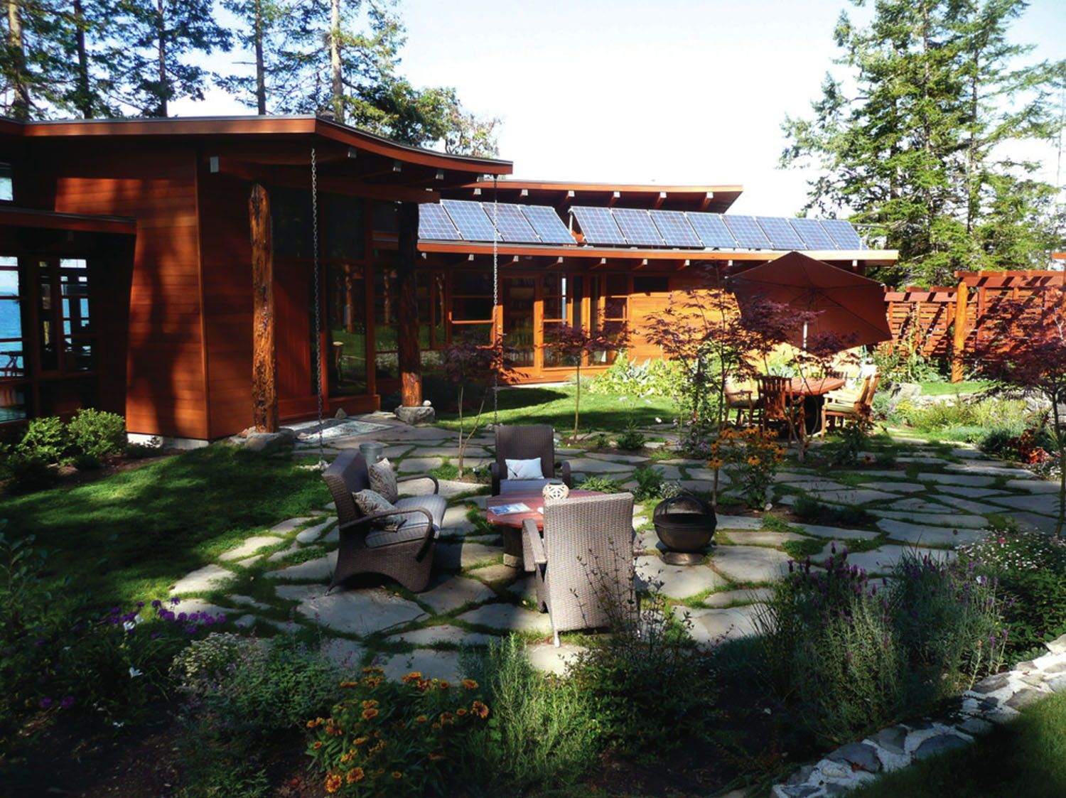 Photo of Off-grid place of abode designed for ebook fans at the Gulf Islands