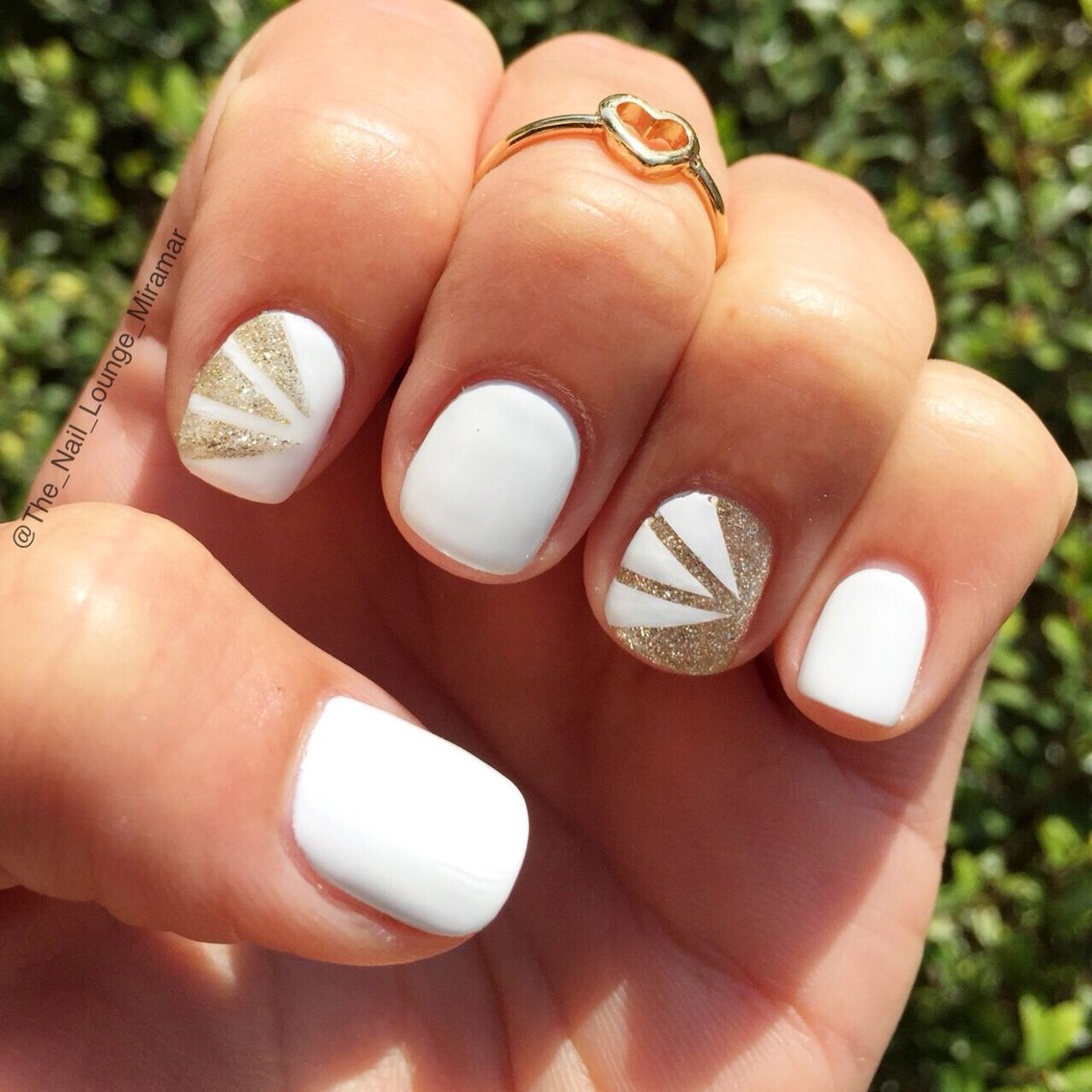 Bridal Nails Inspiration - Romantic Glitter Gradient Nail
