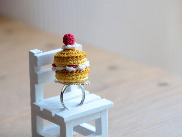 amigurumi strawberry pancake's ring