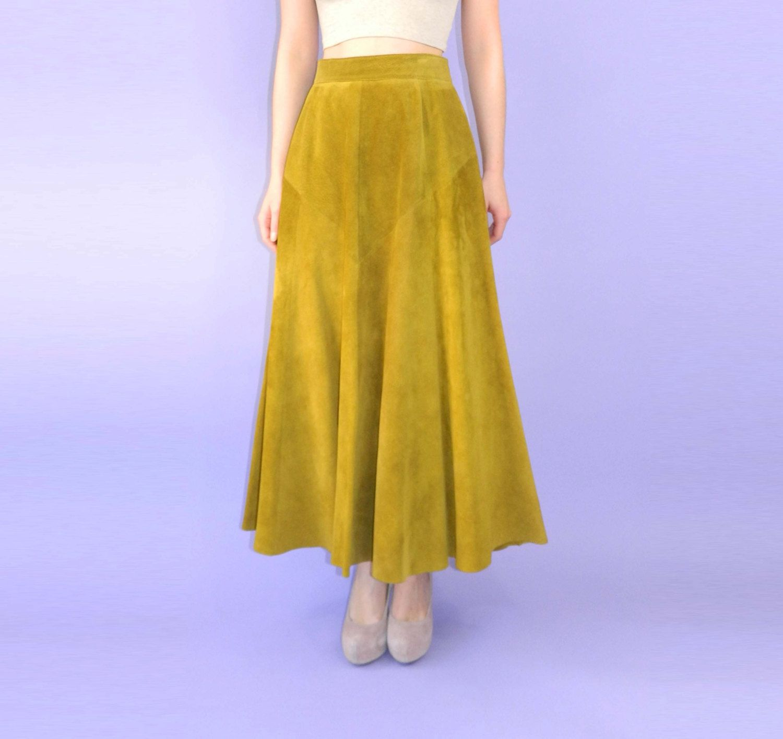 1970s Long Suede Skirt Chartreuse Green Medium | 1970s, Avocado ...