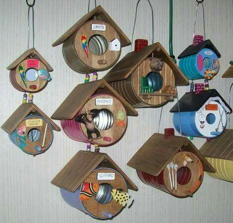 Birdhouses Made From Tin Cans Homemade Bird Houses Bird Houses