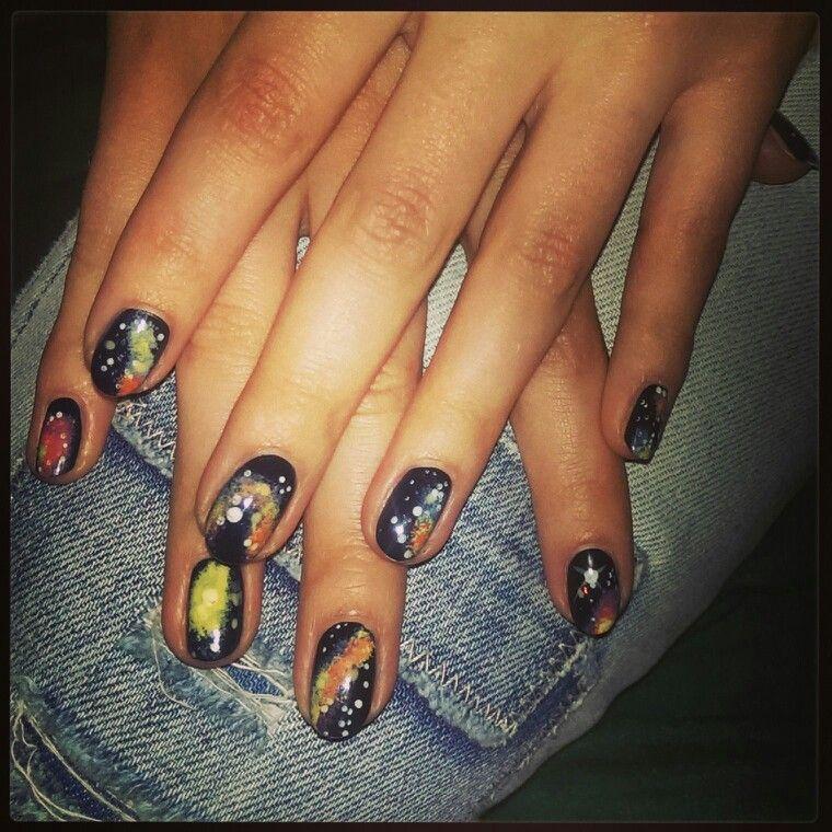 #notd galaxy nail art