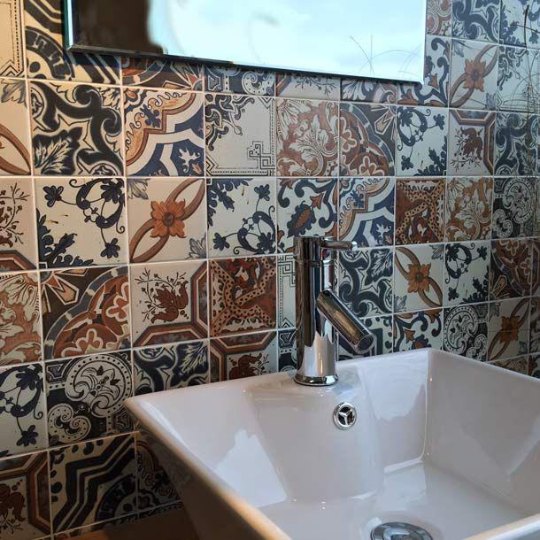 10x10cm Nikea Mix Pattern Tile Set Manufactured By Yurtbay Seramik Buy Now Ceramicplanet Co Uk Tile Patterns Patterned Floor Tiles Wall Patterns