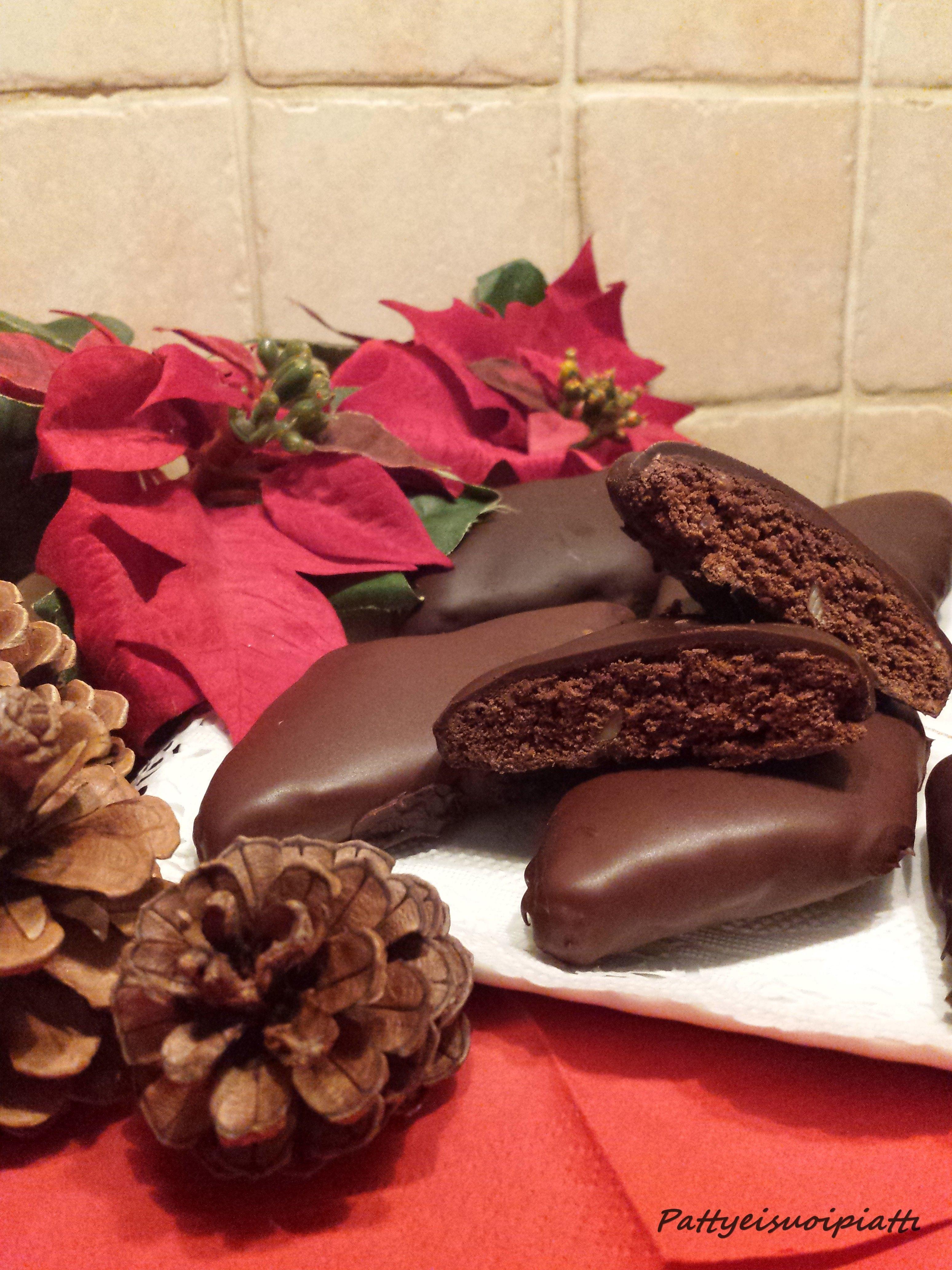 Mostaccioli Napoletani, biscotti tipici natalizi speziati ...