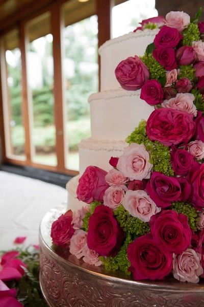 beautiful beautiful wedding cake - almost too pretty to eat!