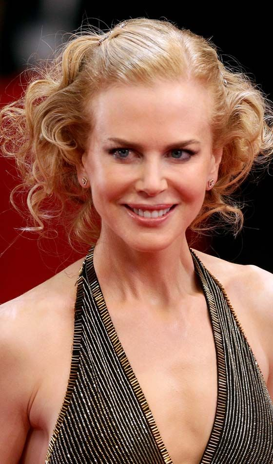 25 Celebrity Hairstyles For Women Over 40 Jodi Lynne Luvs This