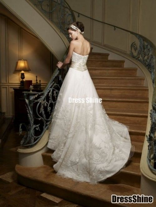 Gorgeous Strapless Sweep Train Lace Wedding Dress - Wedding Dresses - Weddings#.VLOpJMJ0xMs#.VLOpJMJ0xMs