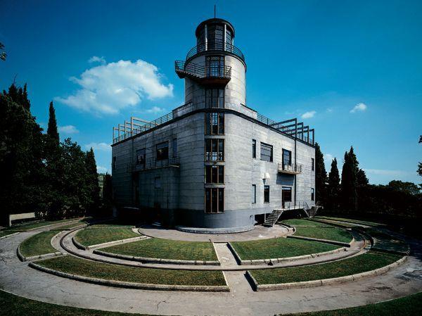 Villa Girasole a Marcellise (VR)  Rotating house, 1935