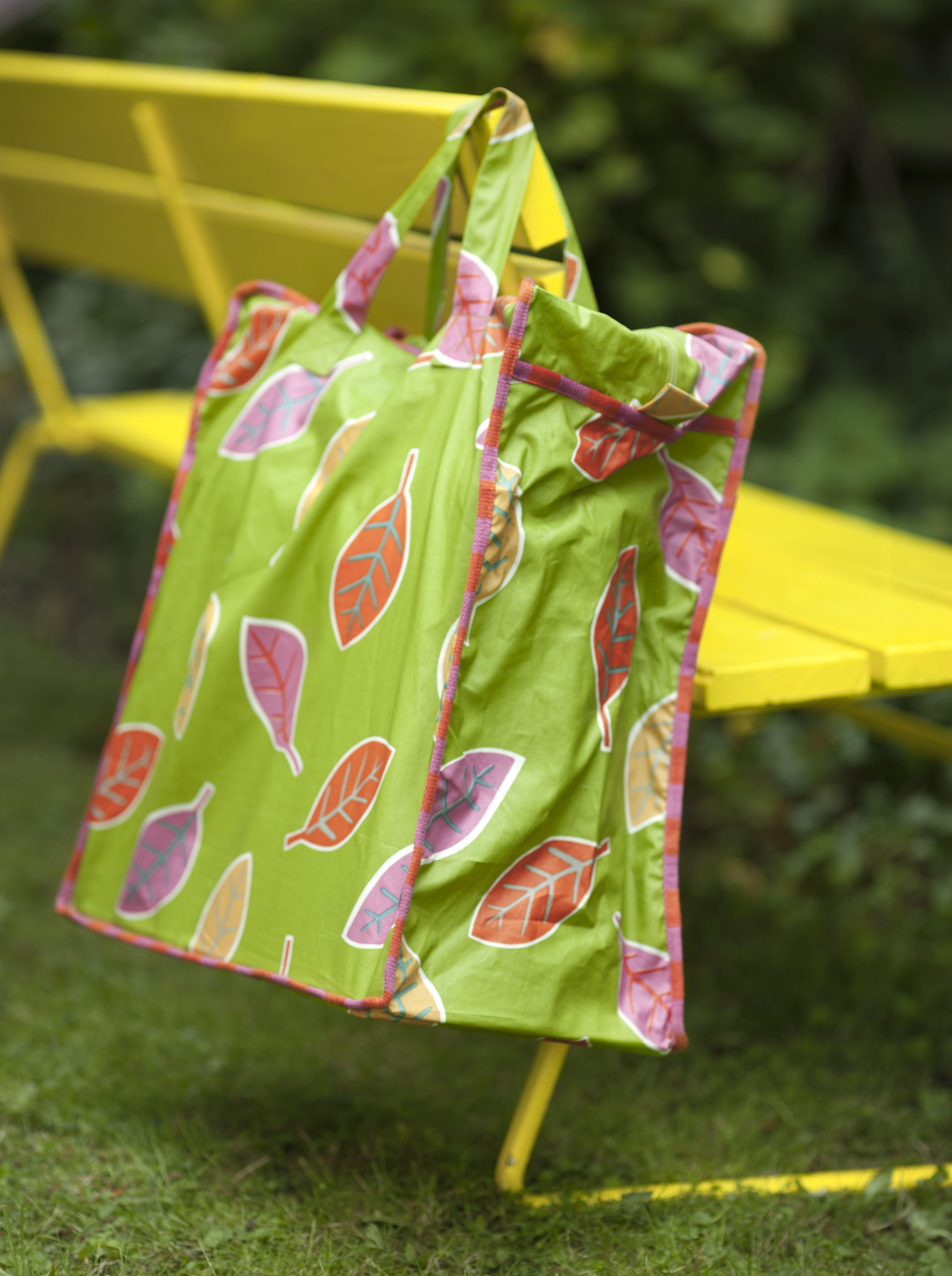 Tasche Melissa aus Öko-Baumwolle in der Größe 50x45x25 cm in drei ...