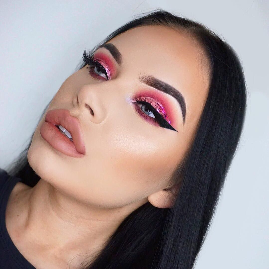 red pink halfcut crease eyeshadow w pink glitter and