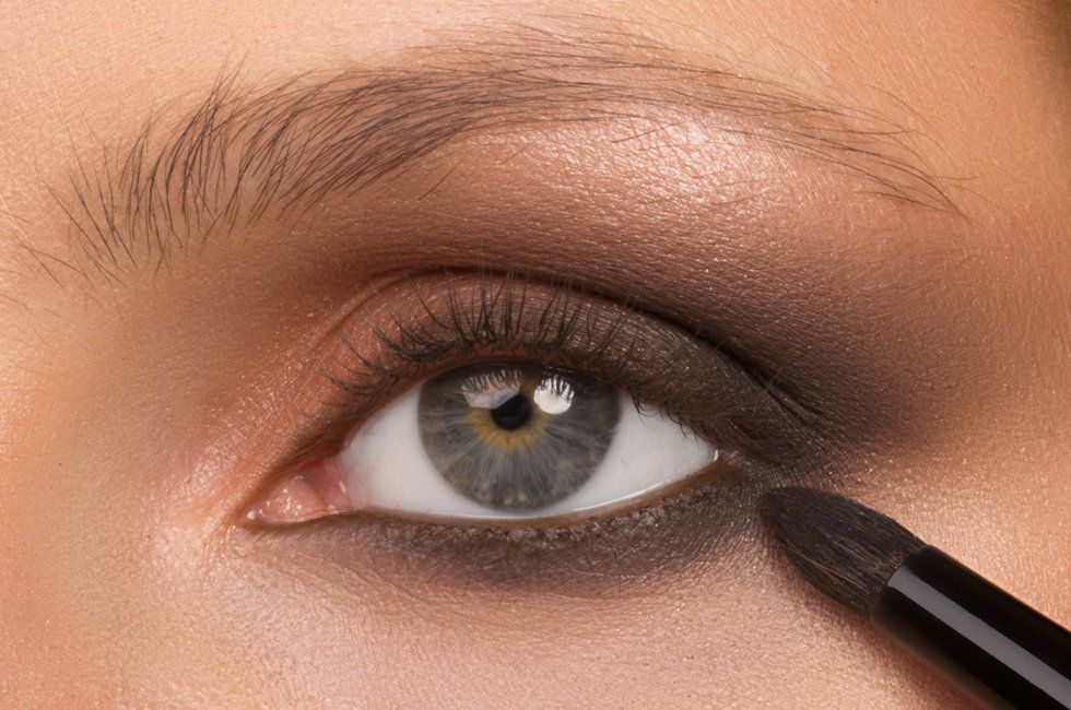 Wayne Goss Tips Revive Dull, Dry Makeup Brushes makeup