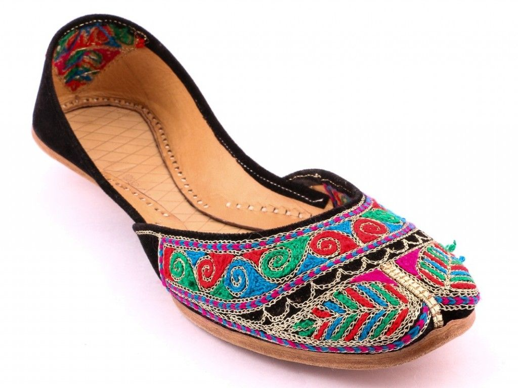 053d1228646 Stylo Shoes Latest Festive Eid Collection 2017 With Prices ...
