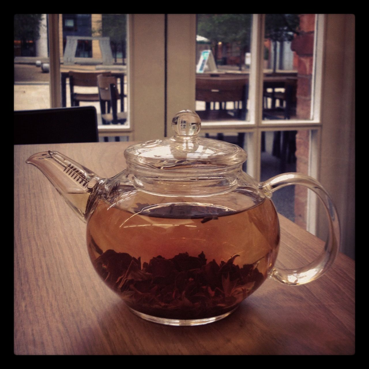 Fab glass teapot with strainer built into the spout (at the Ikon Gallery cafe)