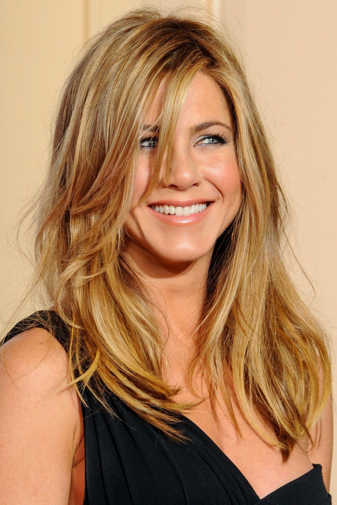 Jennifer Aniston Frisur 25 Stil Personifizierte Jennifer Aniston Frisuren Coiffure Cheveux Coiffure Cheveux