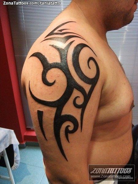 Tatuaje De Tribales Zonatattoos Com Mejores Tatuajes Tribales Disenos De Tatuajes Tribales Tatuajes Tribales Brazo