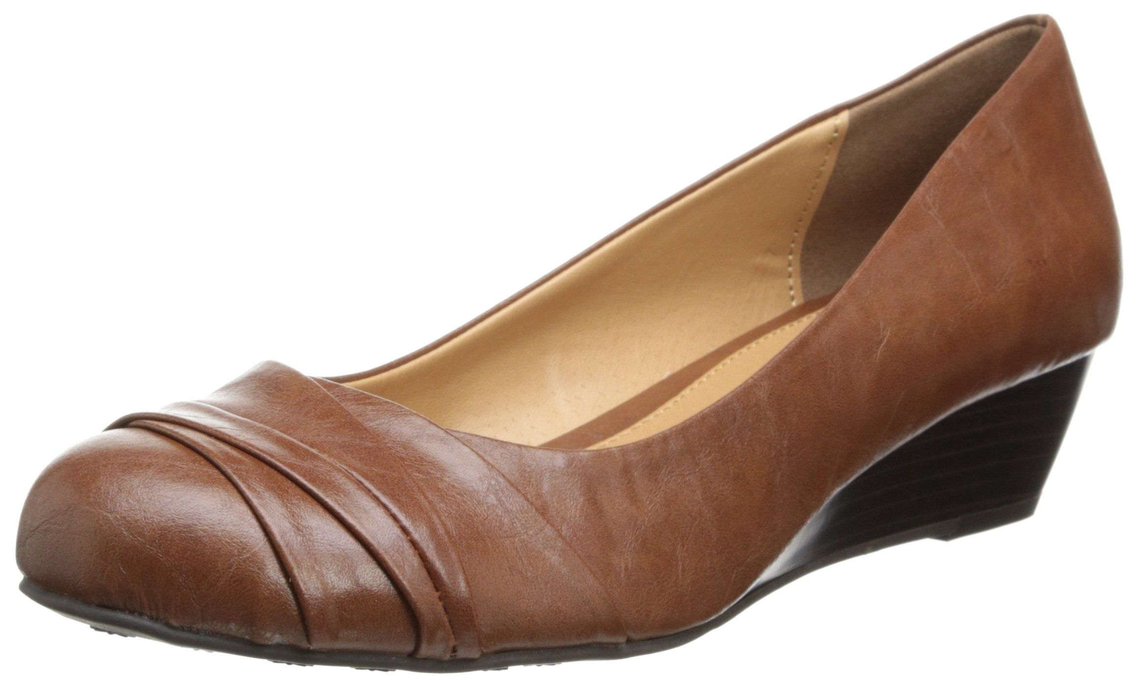 Amazon Com Cl By Chinese Laundry Women S Melanie Smooth Wedge