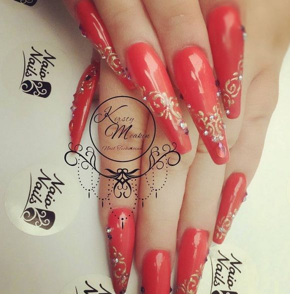 Kirsty Meakin Nail Art: Sculptured Nails