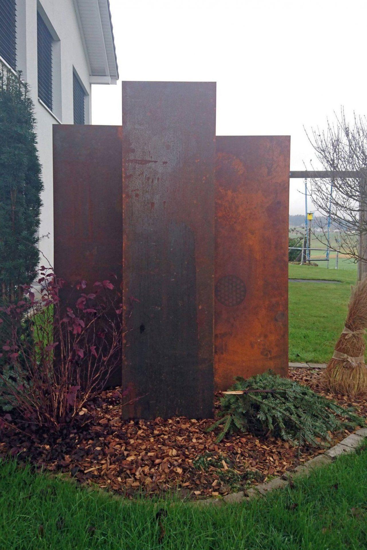 Panello Sichtschutzstelen Aus Cortenstahl Muro Sichtschutz Sichtschutzwand Cortenstahl Corten Handwerk In 2020 Landscape Walls Garden Design Front Landscaping