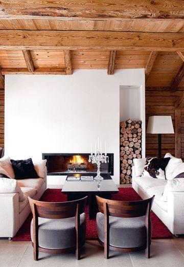 salons avec poutres apparentes 20 photos pour s 39 inspirer fireplace pinterest murs blancs. Black Bedroom Furniture Sets. Home Design Ideas