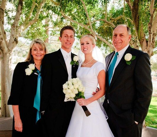 Should The Bride S Father Wear The Same Tux As The Groomsmen