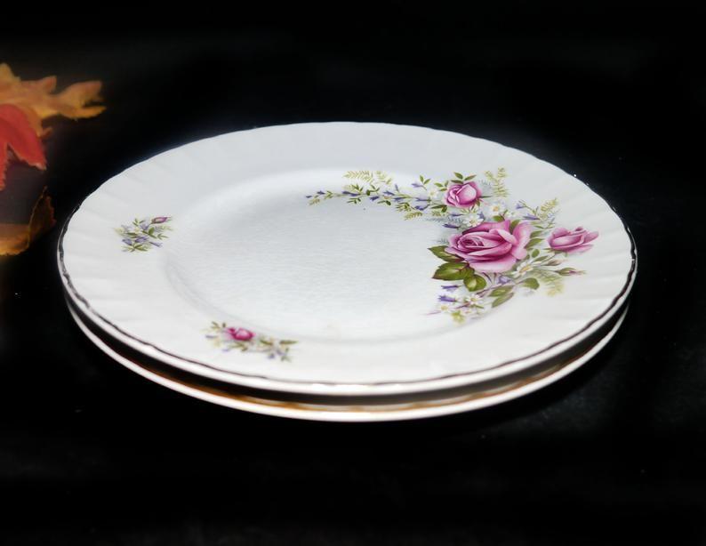 Ridgways Mirandy rimmed vegetable bowl White Mist ironstone. white roses Vintage 1960s 22K gold edge Red Ridgway Pottery