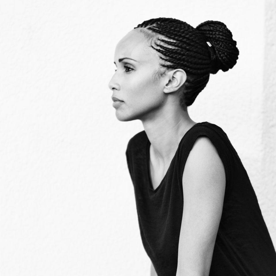 Sonia Rolland C Philippe Nyirimihigo Illume Creative Studio Beaute Mode