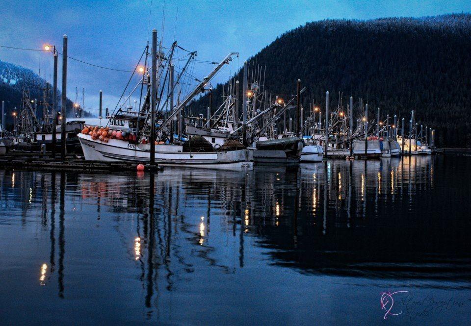 Scenic photo petersburg alaska seascape boat ship blue for Petersburg alaska fishing