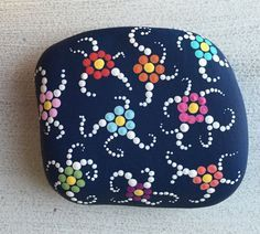Hand painted floral swirl stone