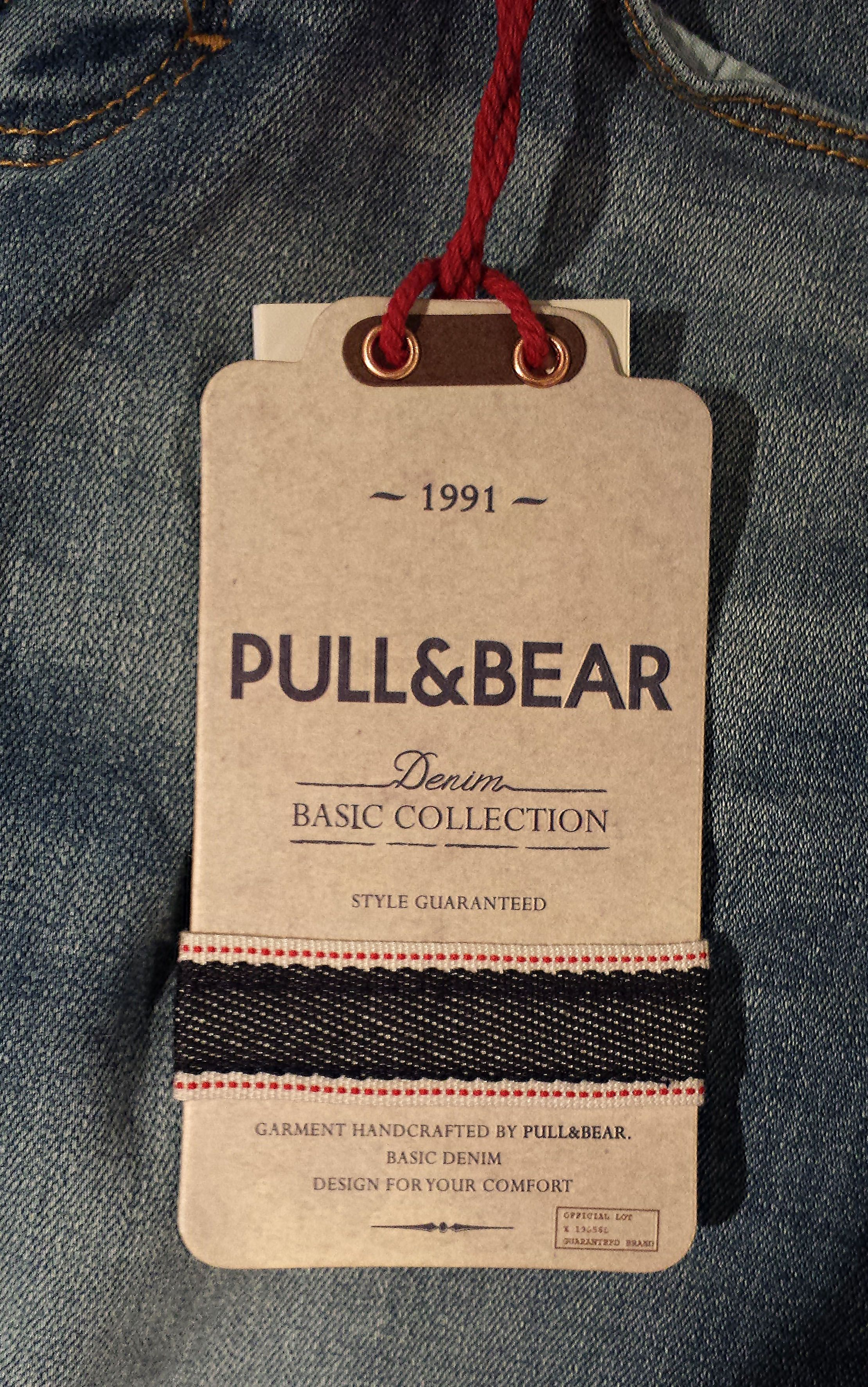 Pull & Bear #hangtag | Packaging - Paperie | Clothing tags ...