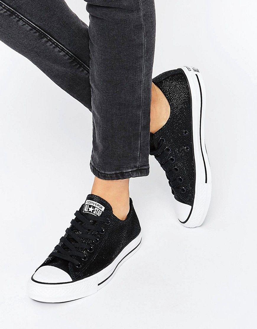 ece0b672f32f Zapatillas de deporte negras con acabado metalizado Chuck Taylor All Star  de Converse. Zapatillas de deporte de Converse