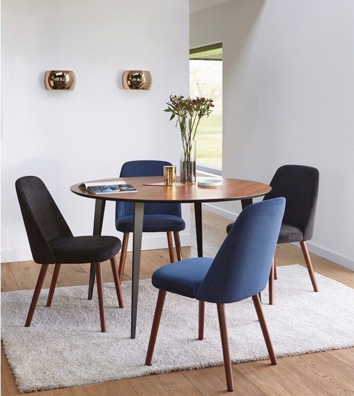 14++ Petite table a manger ronde trends